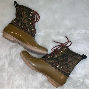 Sperry Saltwater Quilted Rainboots Size 7